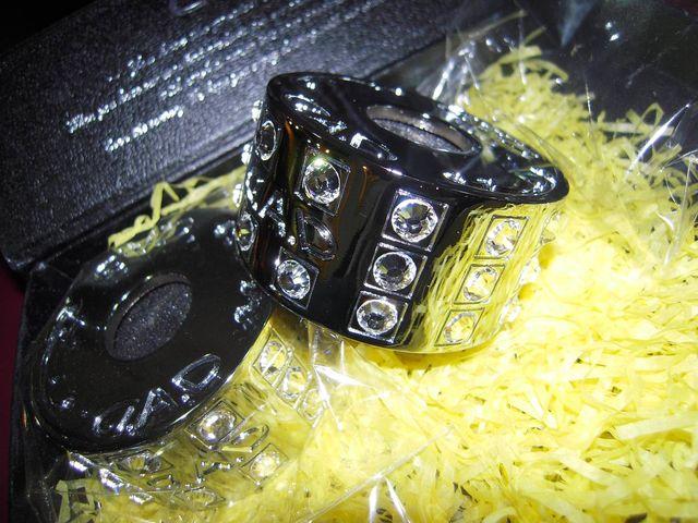 Headrest bracelet 004
